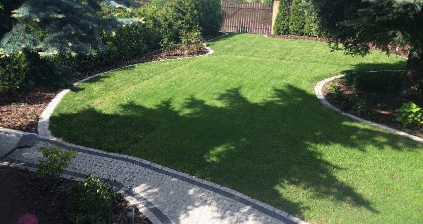 Obrzeża trawnika - element zdobiący