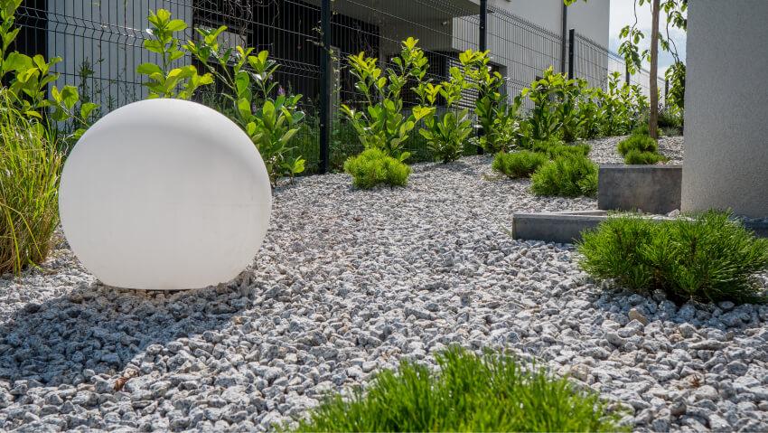 Oświetlenie ogrodowe - realizacja Green Solutions